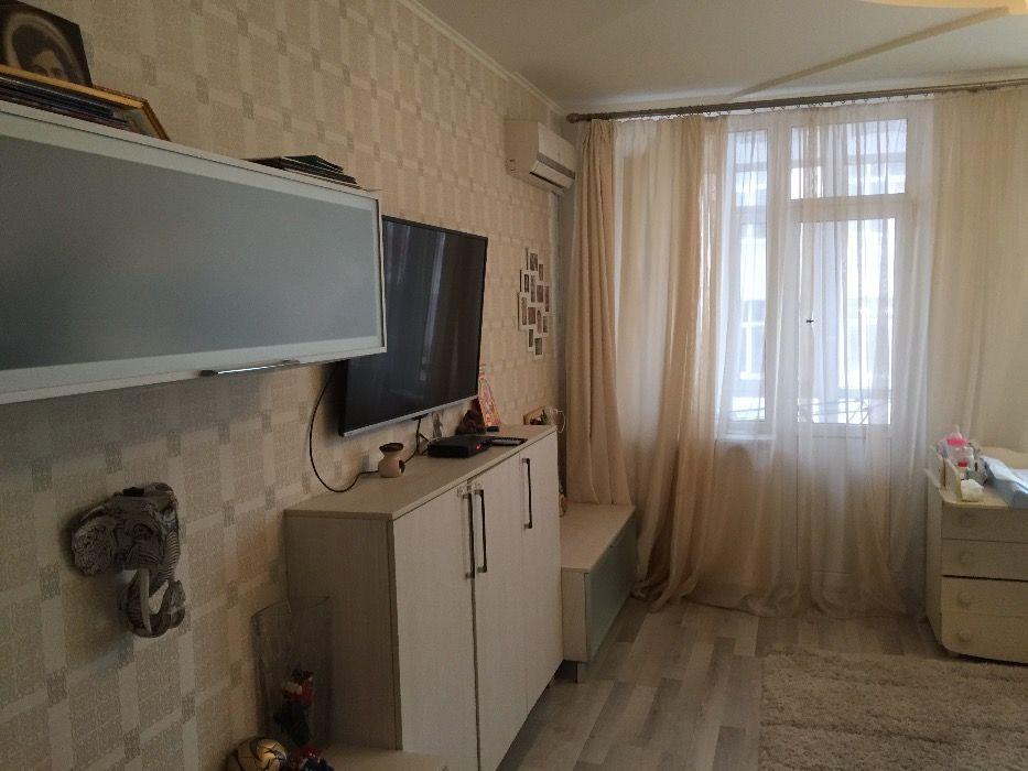 Продам квартиру Дзержинского ул., 7, Жовтневый р-н, Днепр (Днепропетровск), Нагорный