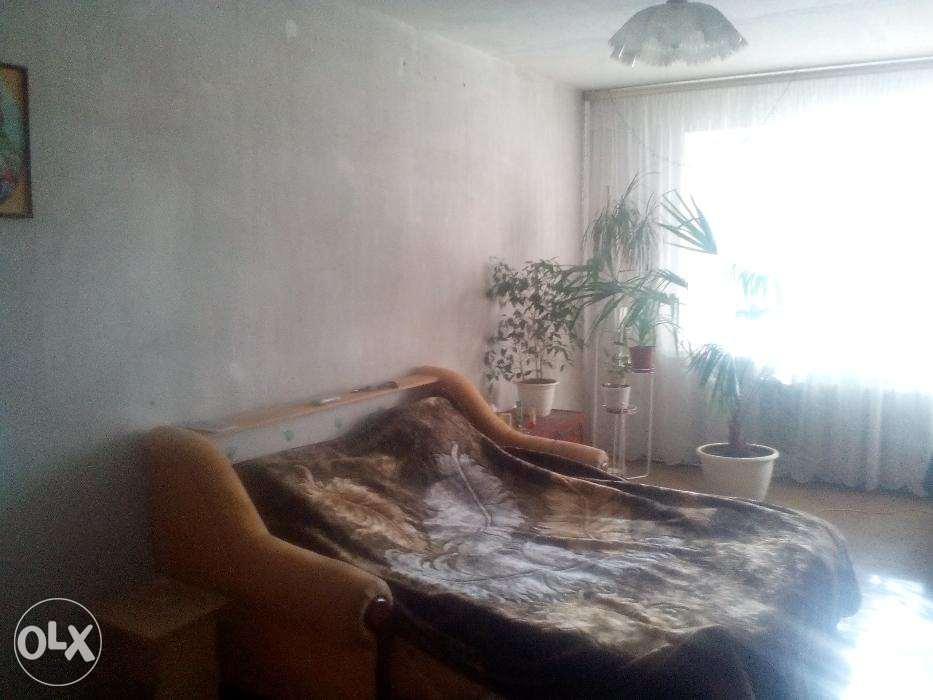 Продам квартиру Джинчарадзе пер., 4, Бабушкинский р-н, Днепр (Днепропетровск), Тополь-1