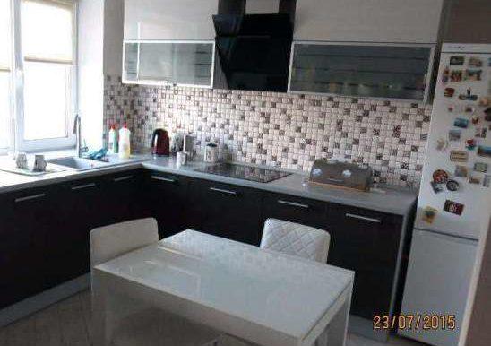234390252_2_644x461_shikarnaya-2-h-komnatnaya-kvartira-na-nabpobedy-s-horoshim-remontom-fotografii