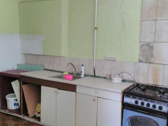 Продам 2 квартиру Бородинская ул. 18, Бабушкинский р-н, Днепр (Днепропетровск), Центр.