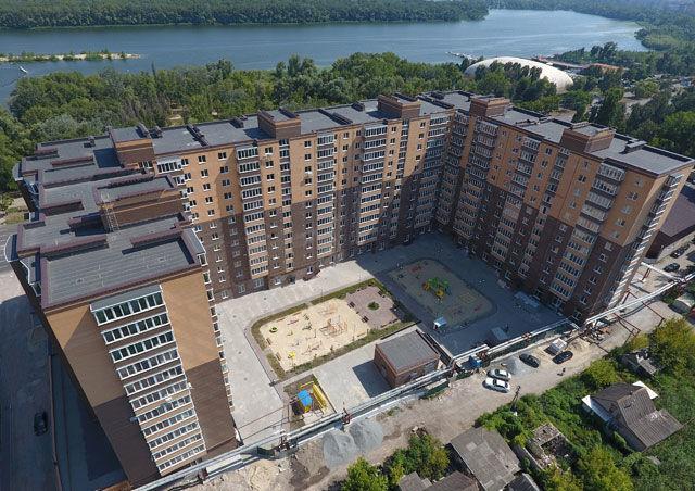 Продам  3  комнатную квартиру в новом доме ЖК «Набережный квартал».