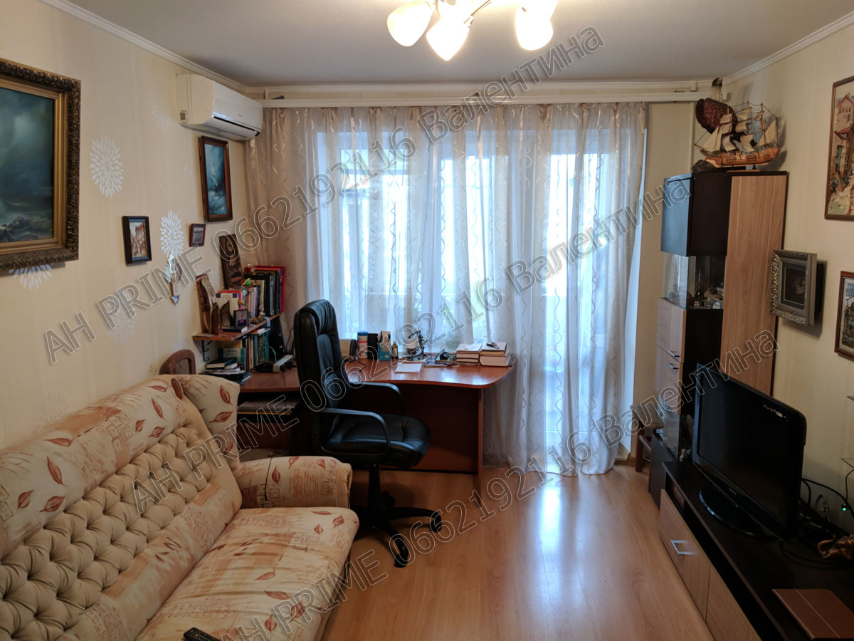 Продам 2 комнатную квартиру на Левобережном 3