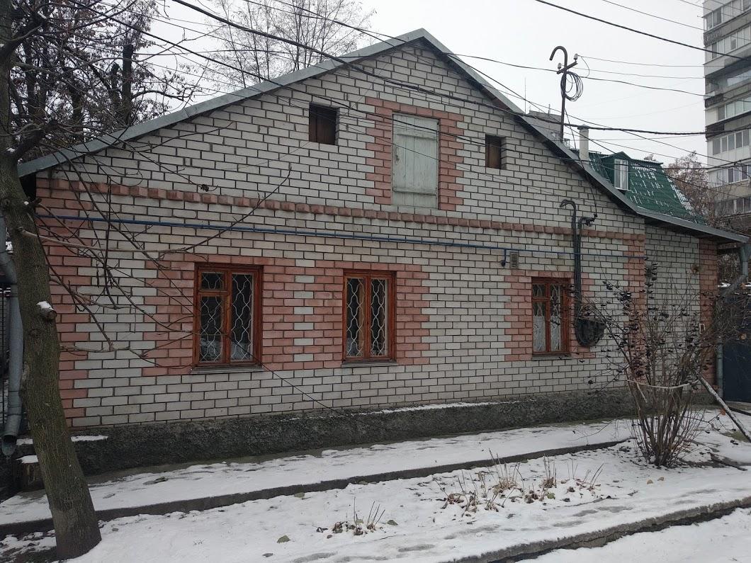 Продам дом в элитной части города на пр. Гагарина