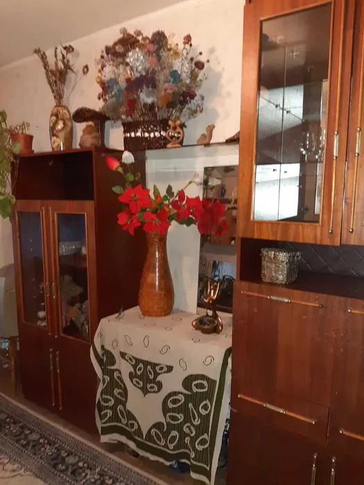 Продам 2 комнатную квартиру ул. Байкальская